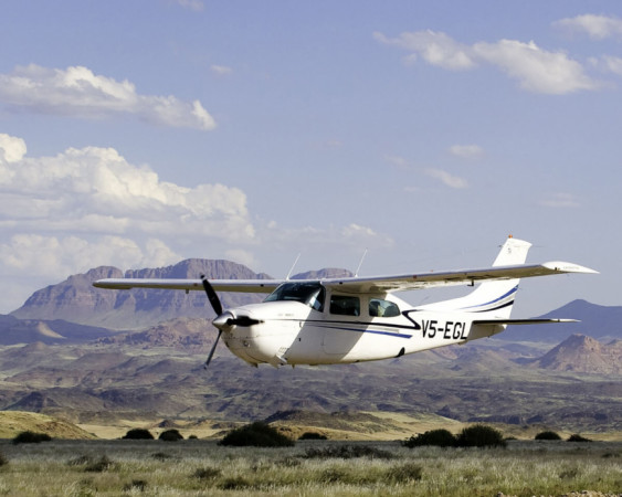Fly-In Safaris